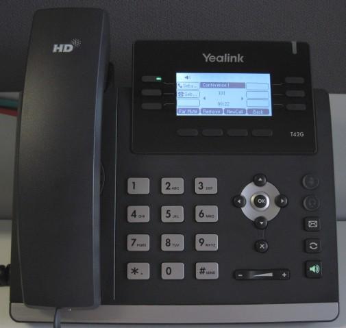 Appel en conférence Yealink T42/T41 - mettre la conférence en attente