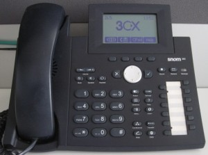 Comment passer un appel avec un snom 320/360/370